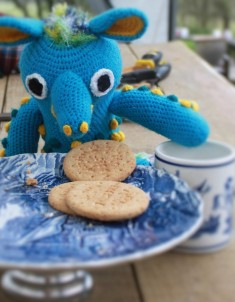 All that filing is thirsty work. Time for tea! Mr. Bobbles wonders if it would be rude to take two biscuits.