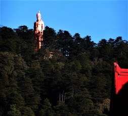 A 108 feet high statue of Lord Hanuman at Jakhoo temple.