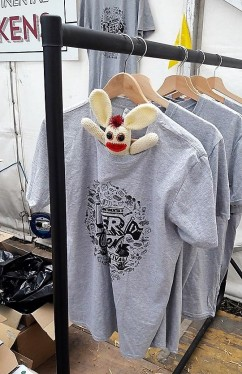 The perfect T shirt! If only they made this in BB's size!
