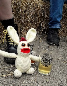 I think we all know by now that BB enjoys a pint. And another pint...