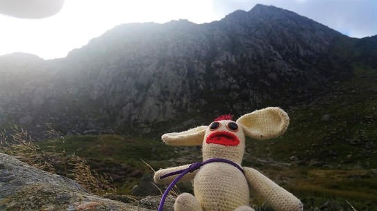 Bunny began the day in the carpark by the A55. He was instantly in awe of the massive fin of angry looking rock which awaited him. He had been told that there was no messing around with Tryfan, and that the hands on scrambling action started only 400 yards from the carpark.